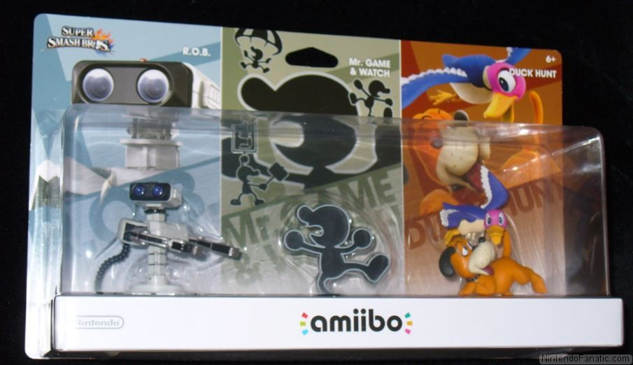 Super Smash Bros. Duck Hunt, Mr. Game & Watch and R.O.B Amiibo Retro 3-Pack - Front of Box View