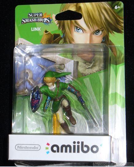 Super Smash Bros. Link Amiibo - Front of Box View